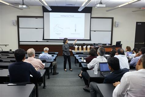 Mays Mba Cost by Mays Dives Into The World Of Analytical Research At 12th