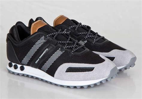 Harga Adidas Y3 Yohji Yamamoto adidas la trainer y 3