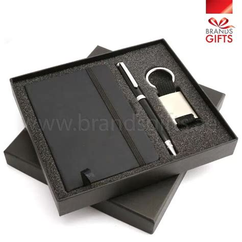 Corporate Event Giveaways - event giveaways promotional corporate gifts dubai abu dhabi uae