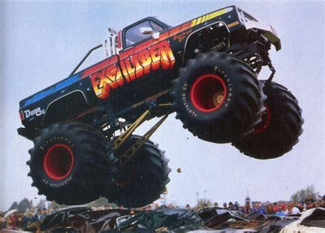 monster trucks video clips 17 best ideas about monster truck videos on pinterest