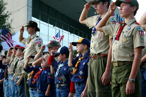 blindfolded by kid president boy scouts open doors for leadership wuft news