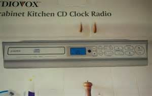 under cabinet kitchen cd clock radio rc radio remote control in port st lucie fl for sale
