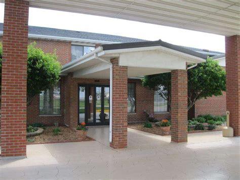 Hotels Near Pontiac Il by Best Western Pontiac Inn In Pontiac Il Swimming Pool