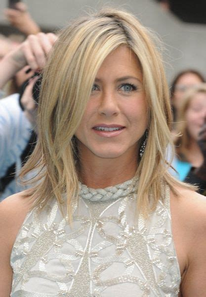 how to style hair your hair like jennifer garner 17 best images about jennifer aniston hairstyles on