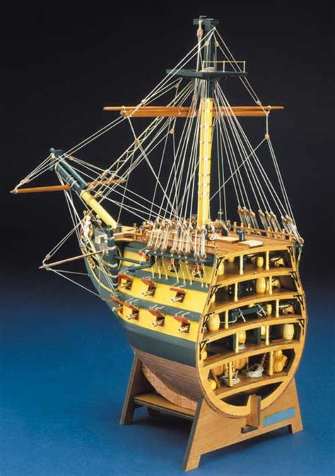 mantuapanart  hms victory bow section  scale plank