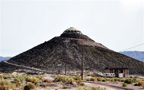 huell howser volcano house huell howser s california house is perched atop a 150 foot