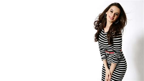 hd wallpapers for laptop of models wallpaper evelyn sharma actress model hd celebrities