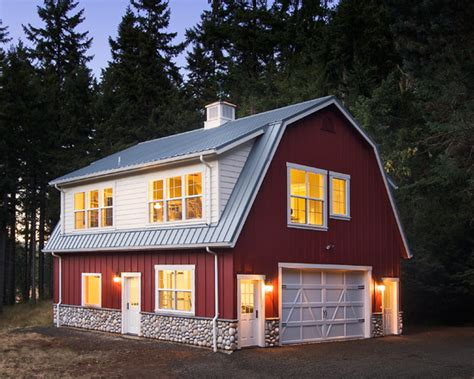 small barn style homes barn roof home design ideas pictures remodel and decor