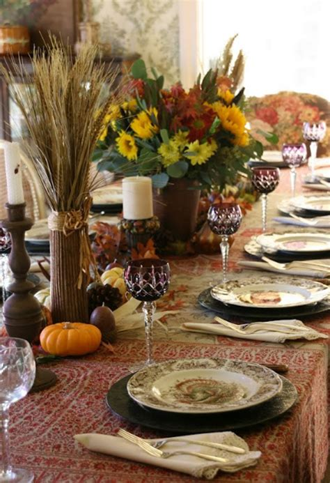 Thanksgiving Dining Table Ideas 20 Gorgeous And Awesome Thanksgiving Table Decorations Home Design And Interior