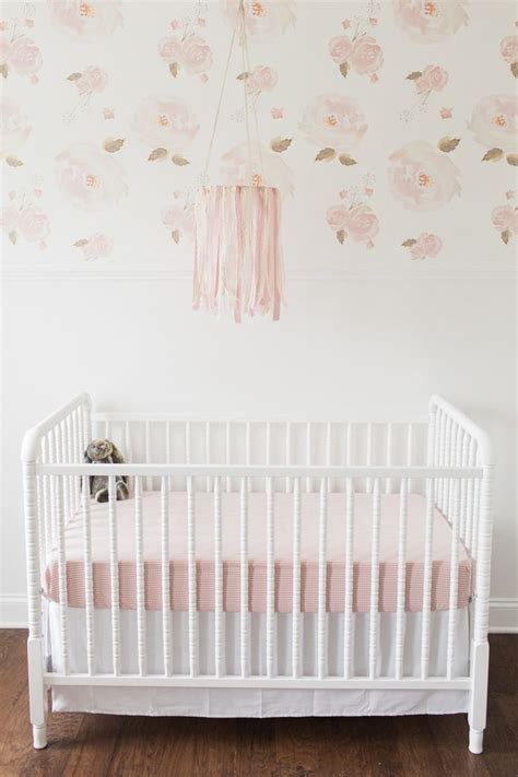 gold wallpaper nursery 17 best ideas about pink and gold wallpaper on pinterest