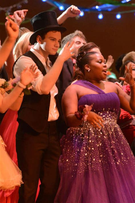 good slow dances for prom glee goes to prom first look tv fanatic
