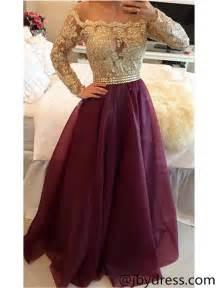 maroon color dress best 25 maroon prom dress ideas on maroon
