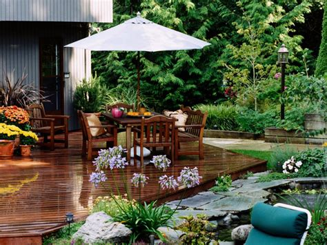 Garden Patio Design Ground Level Deck Designs Diy