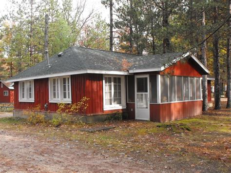 17 best images about exterior paint colors on lakes lake cabins and green exterior