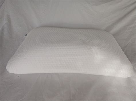 symphony pillow by tempur pedic tempurpedic symphony pillow review the sleep judge