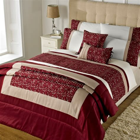 Quilt Cover Sets Uk by Riva Home Elise Floral Petal Duvet Cover Set Ebay