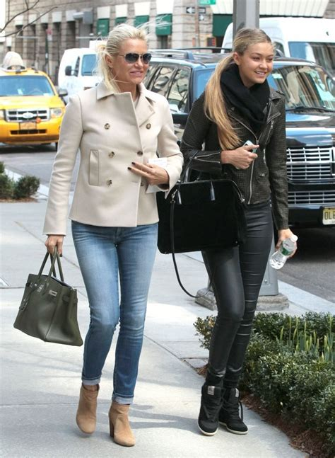 what jeans does yolanda foster wear yolanda foster and her daughter gigi out in nyc 4 2