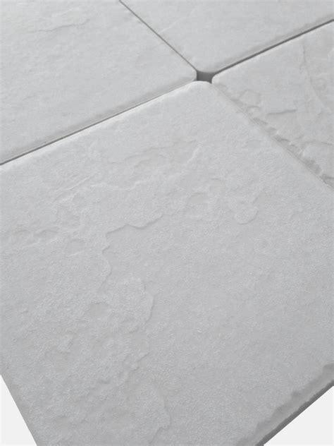 piastrelle antiscivolo per esterni piastrelle pavimento esterno gres porcellanato antiscivolo