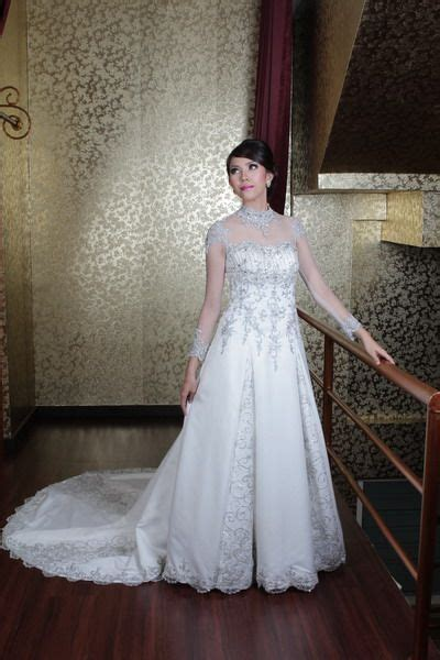 Ballgown Bridal Dress Pesta 4 dresses make up and bridal on