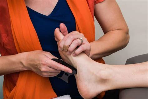 a guide to plantar fasciitis physiotherapy treat plantar
