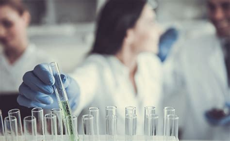 what is the salary of a medical laboratory technologist singapore