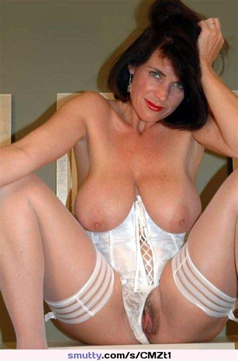 Brunette Milf Gilf Mature Hangingboobs Hangers