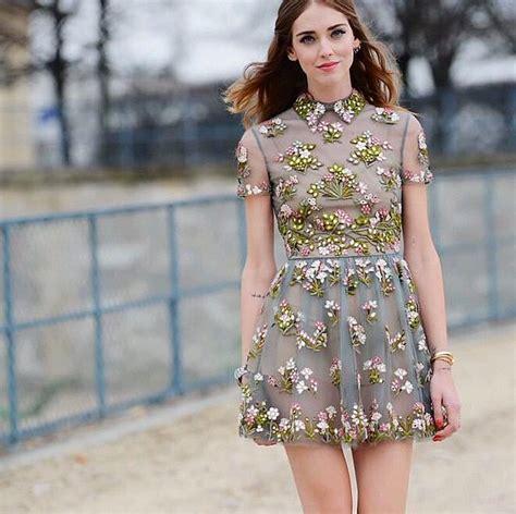 celebrity fashion finder instagram best outfits to wear for instagram pictures popsugar fashion
