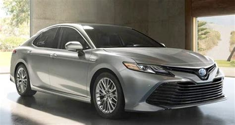 2019 Toyota Camry Se Hybrid by 2019 Toyota Camry Sedan Le Se And Xle Hybrid Review