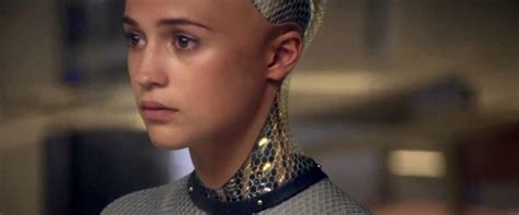 eva ex machina capone chats with ex machina s ava alicia vikander and
