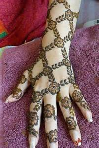 the best mehndi designs for hands livinghours