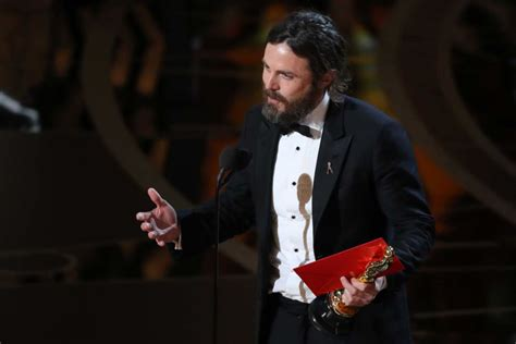 Casey Affleck Criminal Record Casey Affleck Wins Best Actor Abc News Australian Broadcasting Corporation