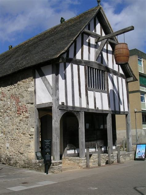 Medieval Merchant S House Wikipedia