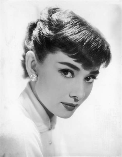 old hollywood stars 10 vintage beauty secrets from old hollywood s most glamorous stars huffpost
