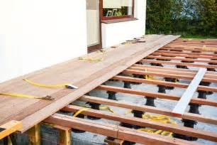 platten terrasse wpc terrassendielen verlegen