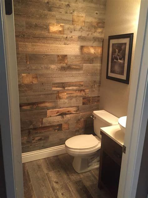 love  gray shiplap bathroom  httpcountryliving