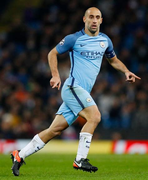 Playmaker Manchester City west ham offer city defender zabaleta 163 100 000 a week two year deal