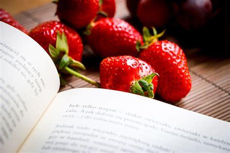 libreria della torre chieri mindful based mangiare gustando lo scoprieventi