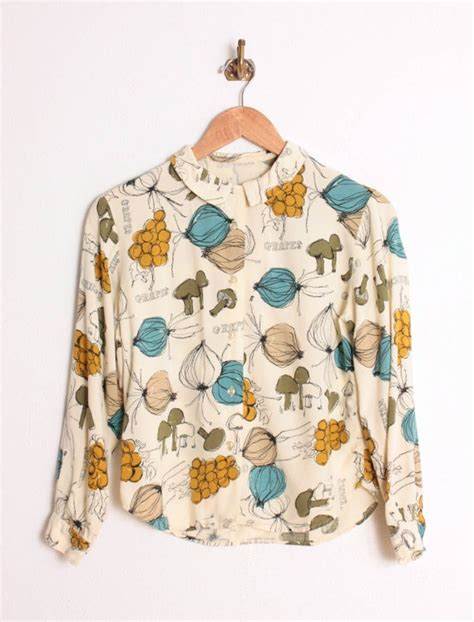 Vegi Blouse 60s novelty vegetable print blouse personally speaking printing clothes and