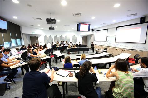 Chicago Business School Mba Singapore by Global Bba Undergraduate Program Essec Business School