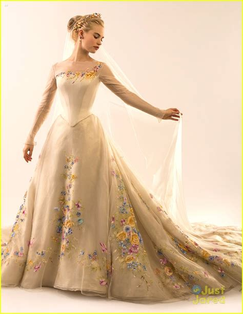 cinderella film how long lily james see cinderella s wedding gown now photo