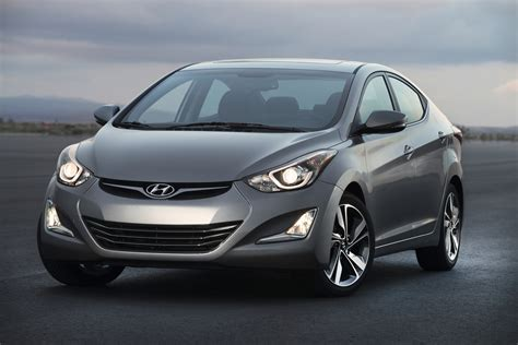 hyundai elantra review ratings specs prices    car connection