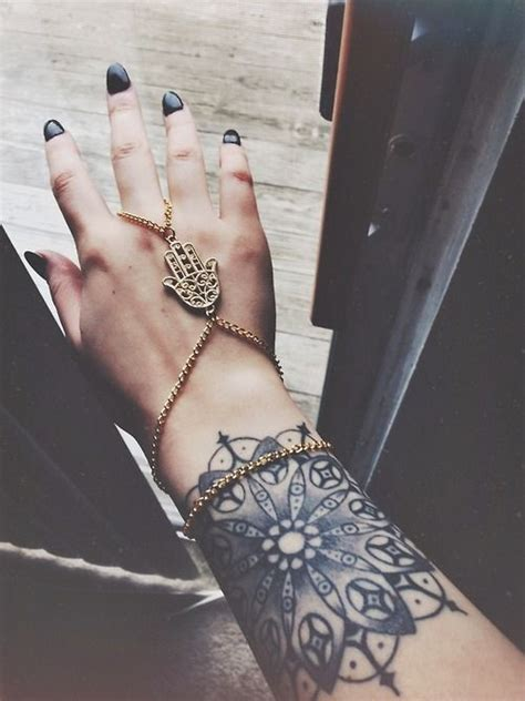 tattoo on lower hand totally in love with this lower arm wrist tattoo the