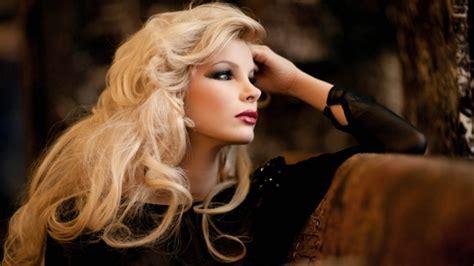 Full HD Wallpaper curly long hair blouse blonde makeup