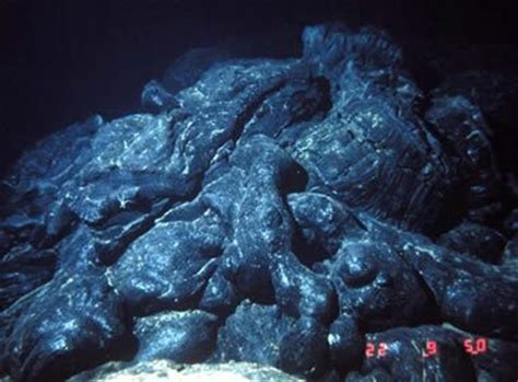 Pillow Lava Definition by Basalt Igneous Rock Pictures Definition Uses More