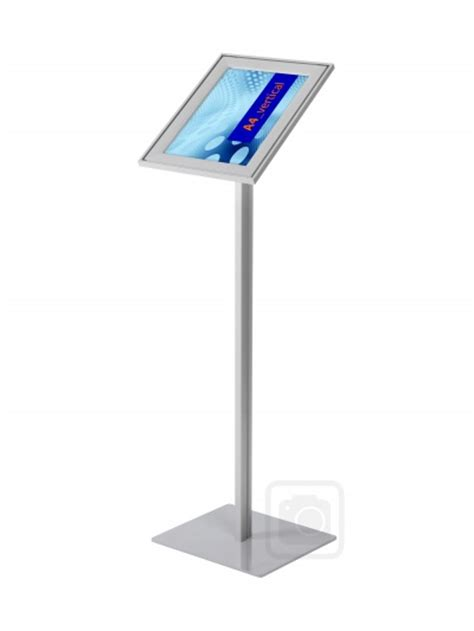 Mba Design And Display Products by Snapframe Lobby Stand Packprodisplays Co Uk