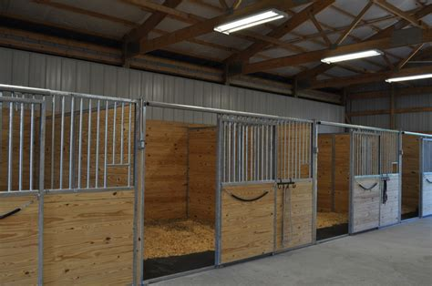 how to stall a dozen tips for building stalls and barn storage