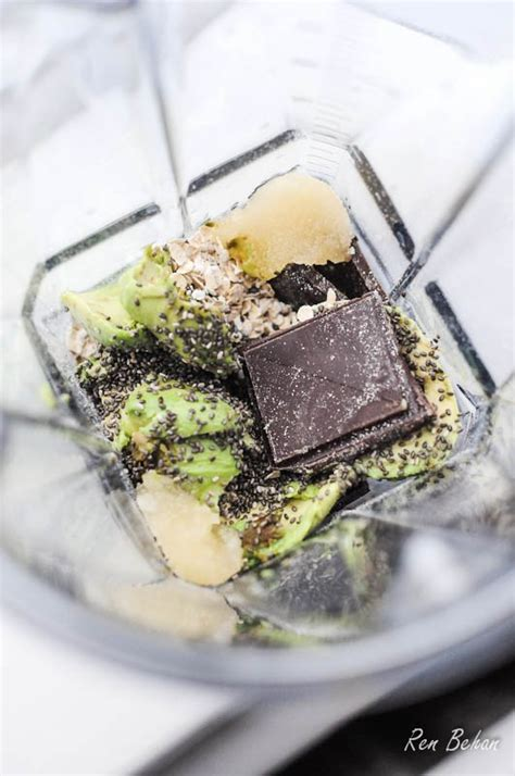 frozen hot chocolate vitamix healthy hot chocolate breakfast smoothies fabulicious food