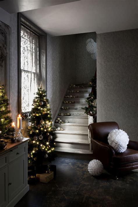decorate xmas tree modern apartment 30 modern decor ideas for delightful winter holidays 2015 tree decorating