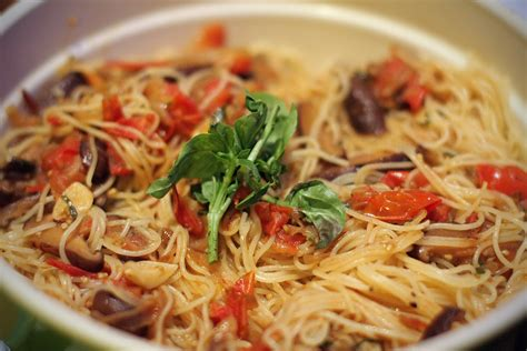 capellini pasta 12 types of pasta noodles we bet you didn t know about