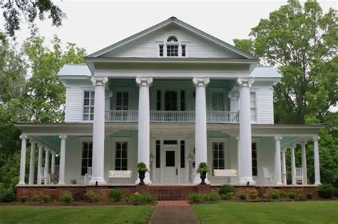 southern plantation style homes plantation home in sevierville tn home ideas